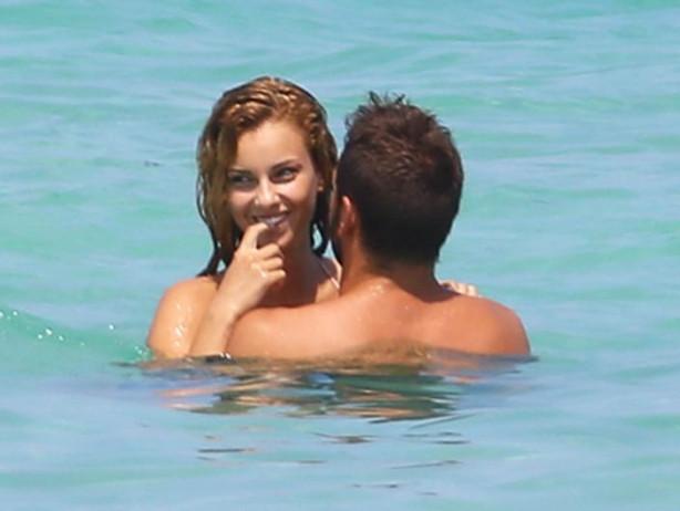 Adriana Lima ve Marco Jaric yeni sevgilileriyle