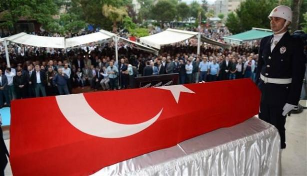 Gürsu Belediye Başkanı Cüneyt Yıldız'a gözyaşlarıyla veda