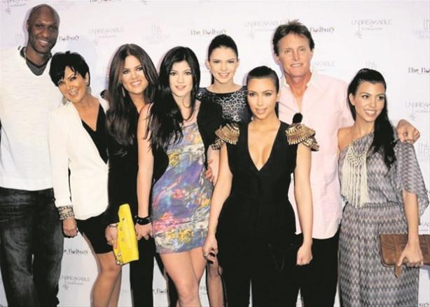 Bruce Jenner'e kızlarından destek