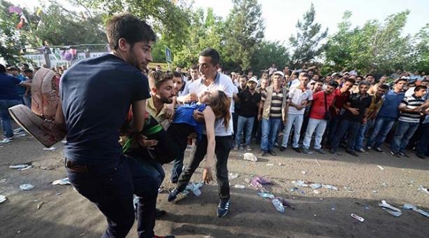 HDP mitinginde patlama sonrası görüntüler