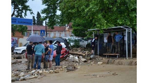 Oy sayımı sırasında duvar çöktü