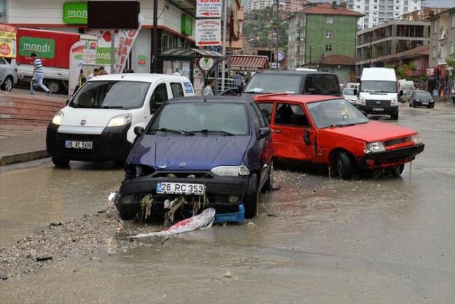 Ankara sular altında