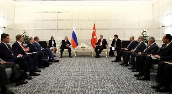 Cumhurbaşkanı Erdoğan, Bakü'de Rusya lideri Putin'le görüştü