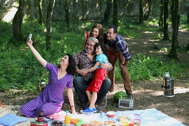 Sinem Kobal: Herkes birbirini yakıyor
