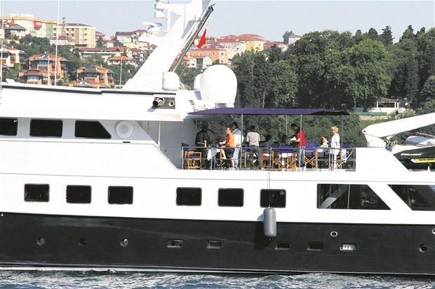 Ali Ağaoğlu'nun yüzen sarayı