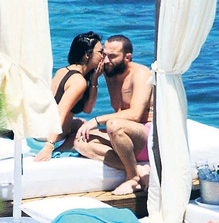 Berkay'ın 'aşk'sız tatili!