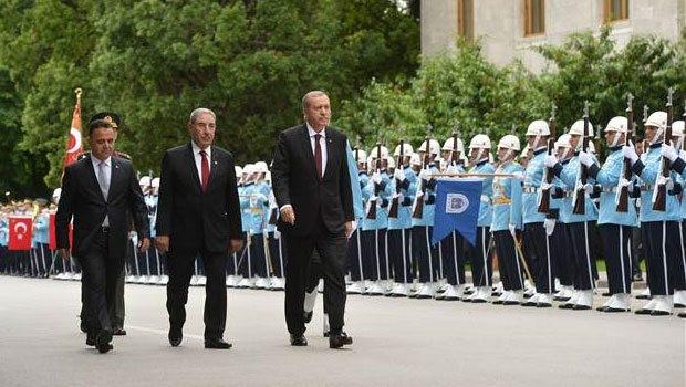Erdoğan TBMM'nin açılışına katıldı, muhalefet ayağa kalkmadı