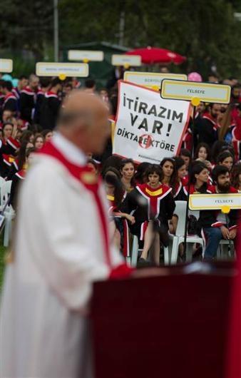 ODTÜ'de mezuniyet töreni