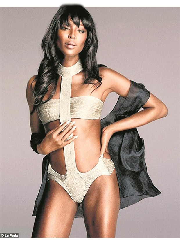 Naomi Campbell hala efsane !