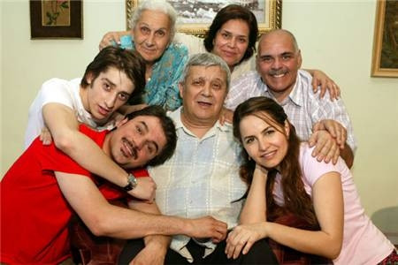 Geniş Aile'den sürpriz