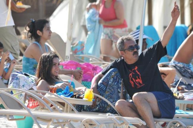 Öykü Gürman ile Yavuz Bingöl Bodrum tatilinde