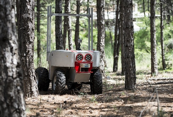ODTÜ'lü insansız kara aracı yaptı