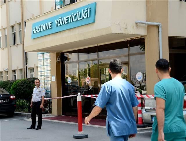 Hastaneye getirilen mahkum 5 kişiyi yaralayarak firar etti