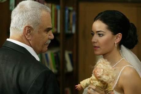 Necla ile Cem evleniyor