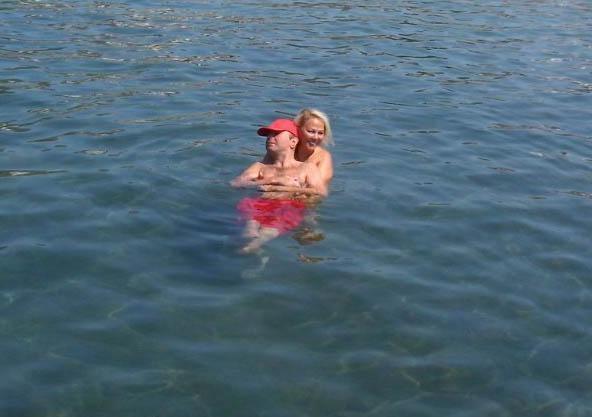 Safiya Soyman oğluyla tatilde