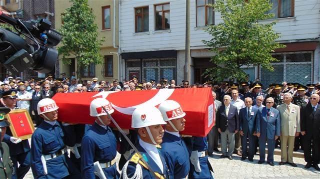 Tahsin Şahinkaya'nın cenaze töreni