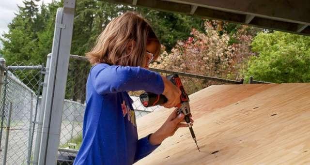 9 yaşında bir çocuk evsizlere yardım edebilir mi?