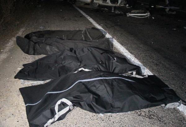 Şanlıurfa'da feci kaza!... 4 ölü, 2 yaralı!