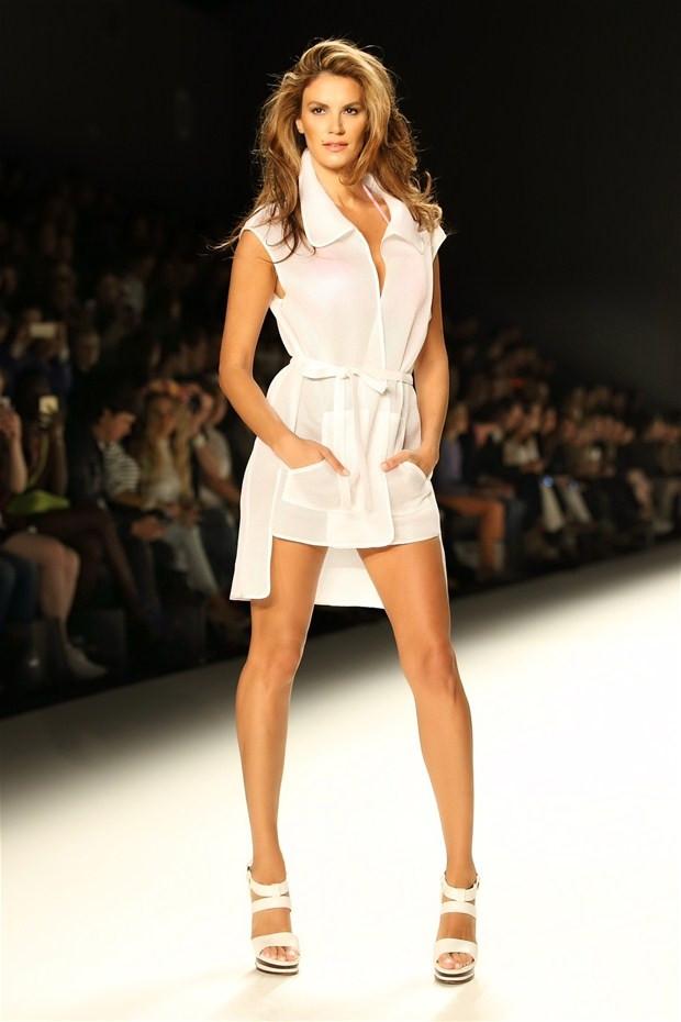 Tülin Şahin Milano Moda Haftası'nda