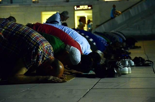 Türkiye'de Kadir Gecesi böyle kutlandı