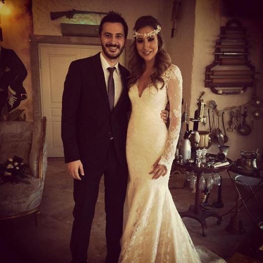 Çağıl Özge Özkul evlendi !