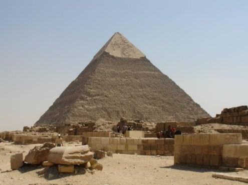 En yüksek Piramitlerin sırları çözülemiyor
