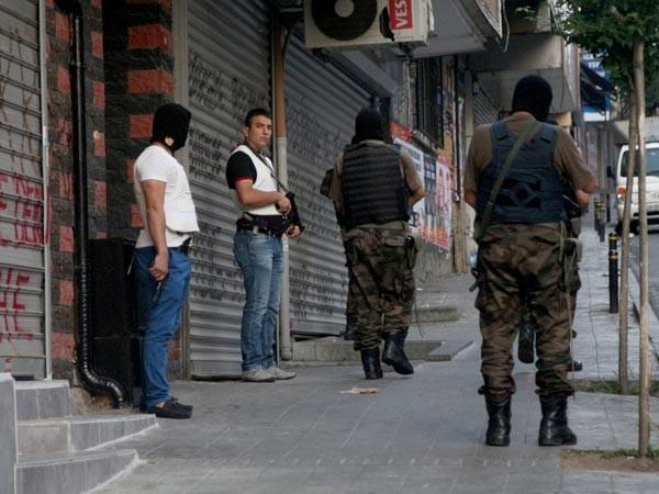 Türkiye'de dev operasyon: 251 gözaltı