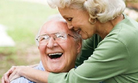 Kadınlar erkeklerden daha çok yaşıyor!