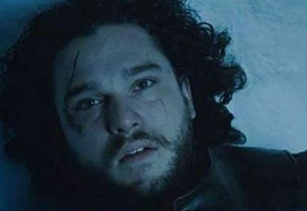 Günlerdir cevabı aranan soru: Jon Snow öldü mü ölmedi mi?