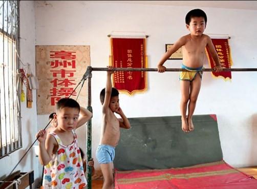 Çin jimnastikte çok katı bir ülke