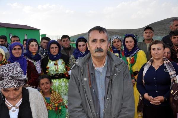 HDP'liler Kato Dağı'ndaki PKK mezarlığında nöbet tutuyor