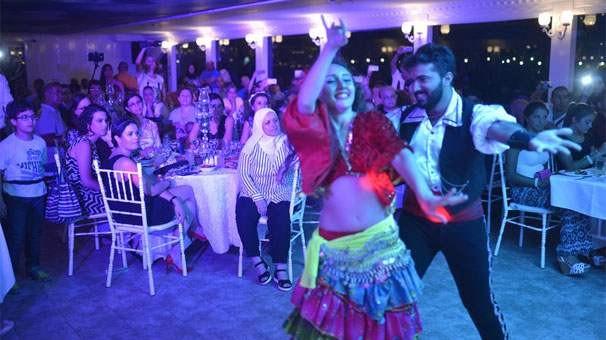 İranlı ve Arapların Boğaz eğlencesi