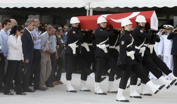 Şehit Polis Müdürü son yolculuğuna uğurlandı