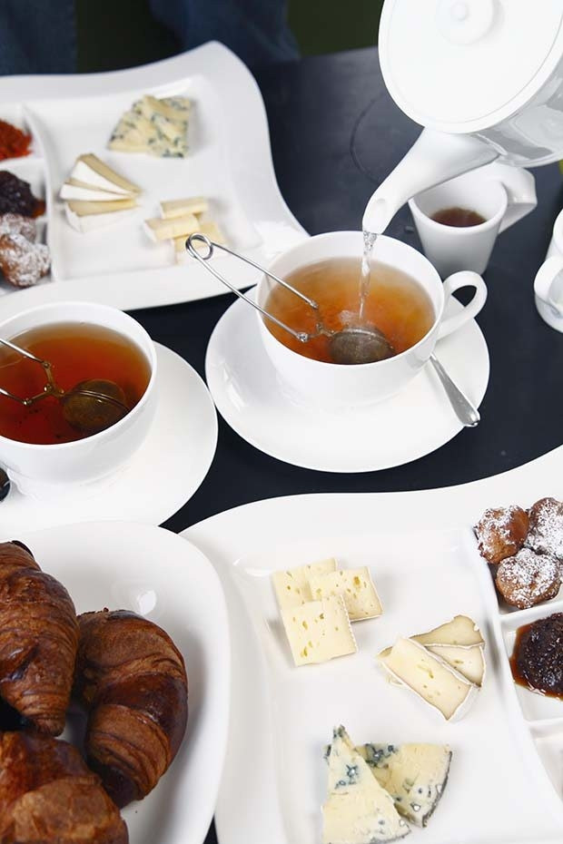 Kahvaltının demirbaşı çay en iyi nasıl demlenir?