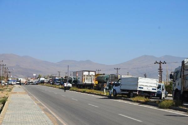 Doğubayazıt- Iğdır karayolu çatışma nedeniyle kapandı
