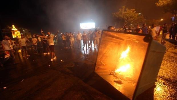 """Lübnan'da """"yolsuzluk"""" ve """"çöp krizi"""" protestosu"""