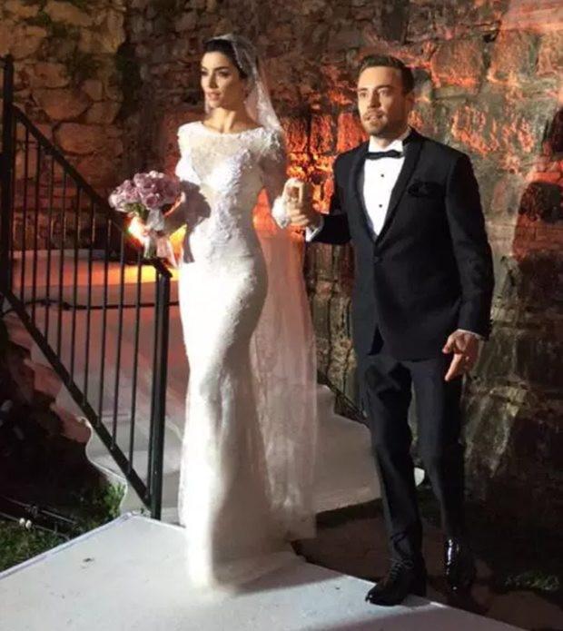 Ünlü şarkıcı Murat Dalkılıç Merve Boluğur ile evlendi