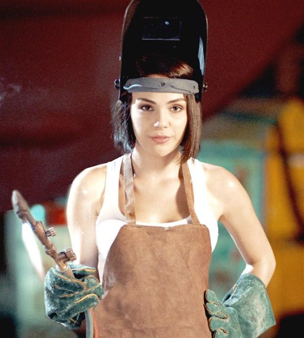 Yağmur Tanrısevsin yeni dizisinde kaynakçı kızı canlandıracak