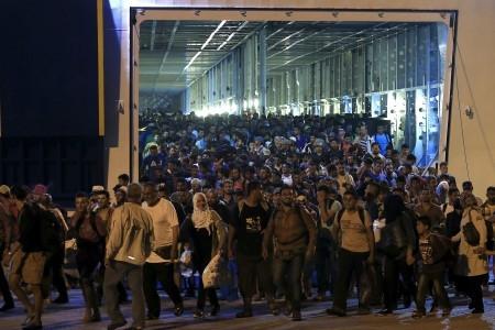 Göçmenlerin yaşadığı insanlık dramı giderek büyüyor