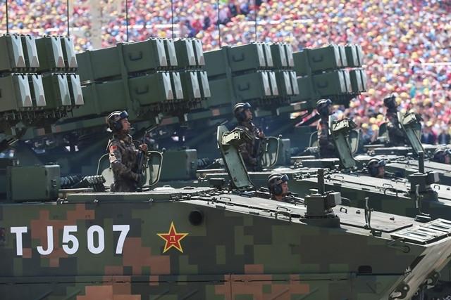 Çin'den gövde gösterisi
