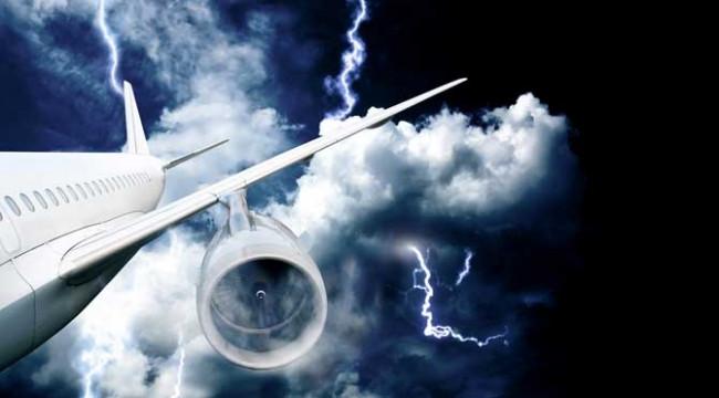 En ilginç uçak kazaları