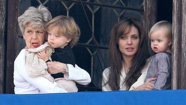 Angelina Jolie ve Brad Pitt'in ikizleri büyüdü