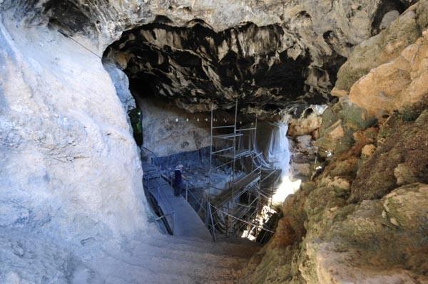17 bin yıllık tapınakta 1,5 ton hayvan kemiği bulundu