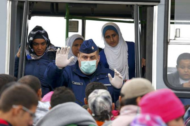 Macar Başbakanı'ndan göçmenlerle ilgili olay yaratacak sözler