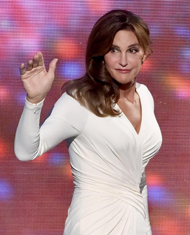 """Caitlyn Jenner: """"Bu kızlar niçin sütyen giyer..."""""""
