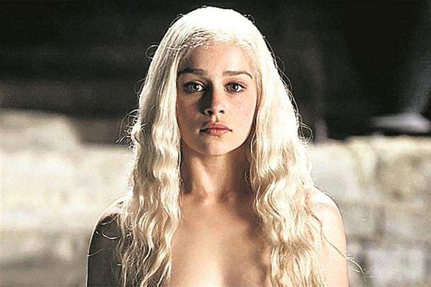 Emilia Clarke: 'Seks sahnesi istemiyorum'