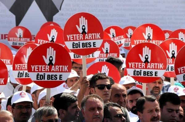 565 sivil toplum örgütü PKK'ya silah bırak çağrısı yaptı
