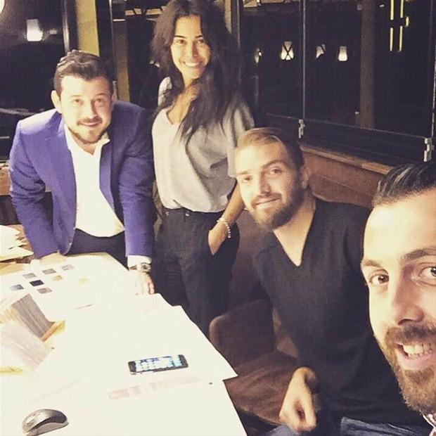 Caner-Asena Erkin çifti 6 milyona camlı villa aldı