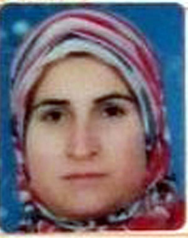 Anne 2 kızını, baba anneyi öldürdü