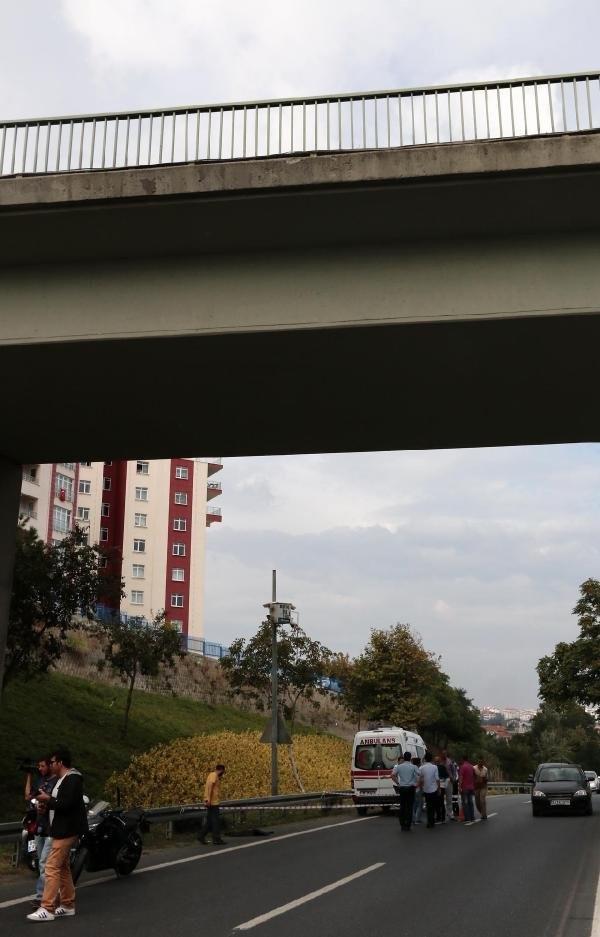 Cinnet getiren baba 2 günlük bebeğini köprüden attı